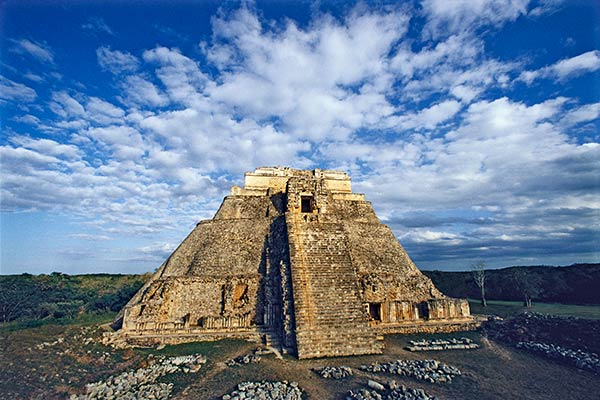 pyramid of magician uxmal