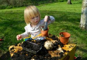 mud-kitchen-2a